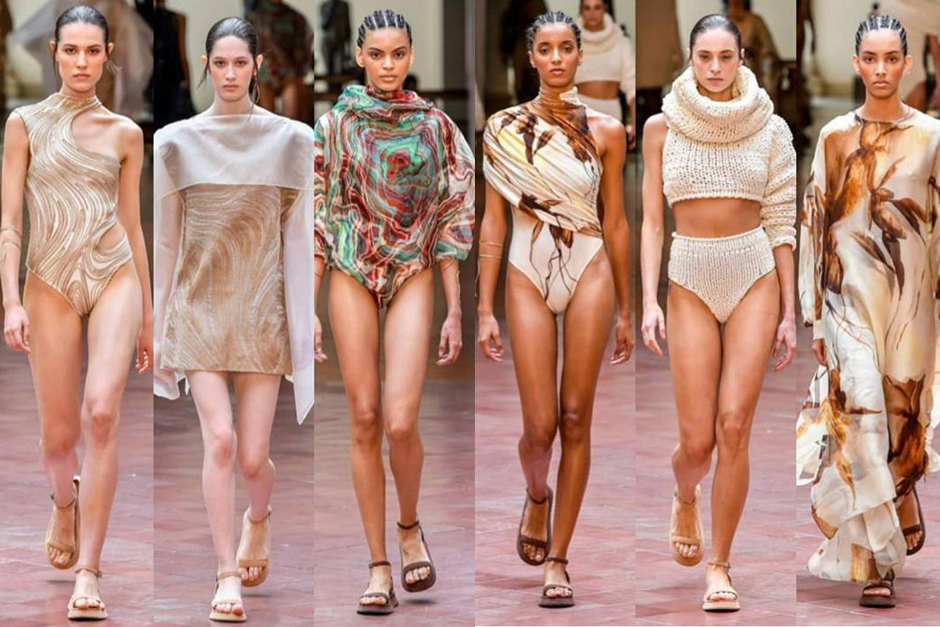 Desfile tendências de moda praia 2020